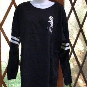 VS PINK Chicago White Sox long sleeve large